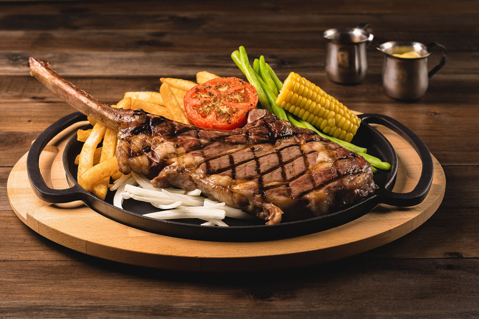amba Taipei Ximending hotel chiba restaurant sizzling steak special for four