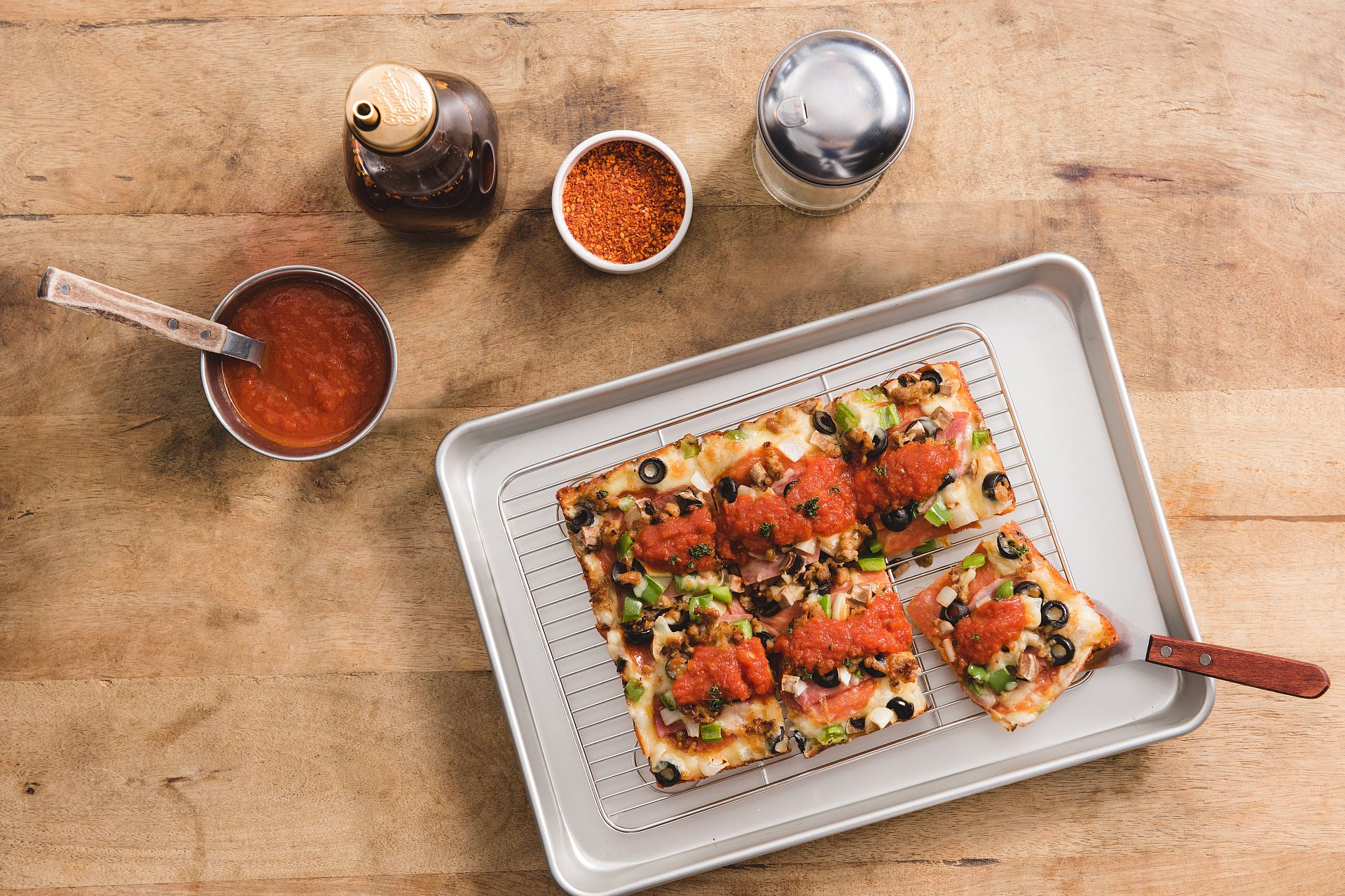 chiba Restaurant of amba Taipei Ximending introduces Detroit-style Square Pizza